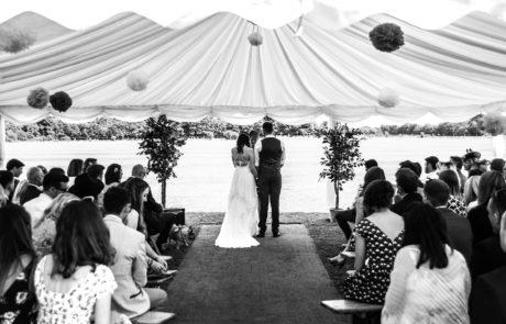 Wedding couple saying their vows